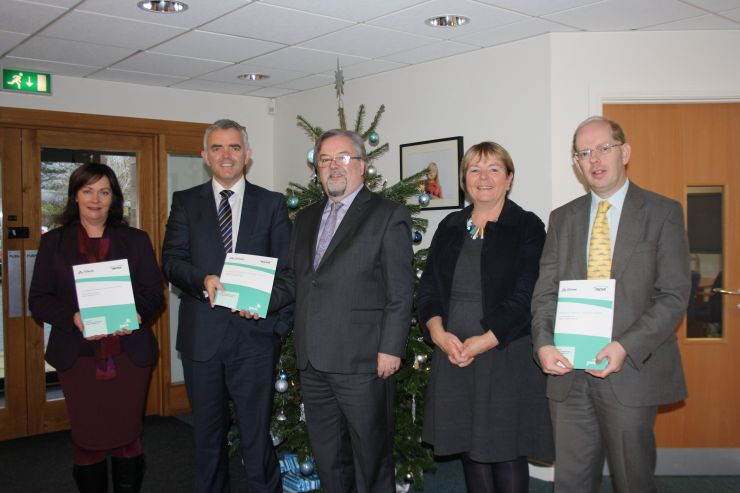 Launch of the Universal Childcare in Northern Ireland Report at Early Years, 1 December 2014 (L-R) Junior Ministers Jennifer McCann MLA and Jonathan Bell MLA, with Seamus McAleavey (NICVA Chief Executive), Siobhan Fitzpatrick (Early Years Chief Executive) and Esmond Birnie (PricewaterhouseCoopers Chief Economist)